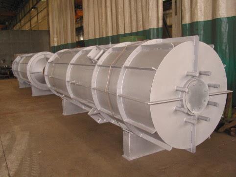 Urea-NH3 reactor
